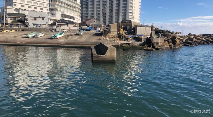 小戸港釣り座2