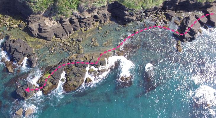 ブダイ島行き方